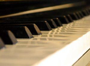 piano-218367_1280